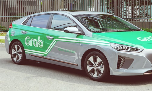Central Group to invest USD200 million into GrabTaxi's Thailand unit
