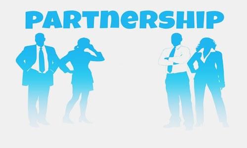 KeHE, Albertsons renew distribution partnership for organic products